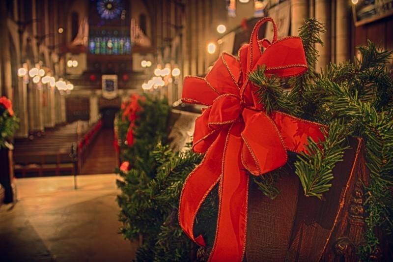 church-christmas-ribbon-holiday-religious